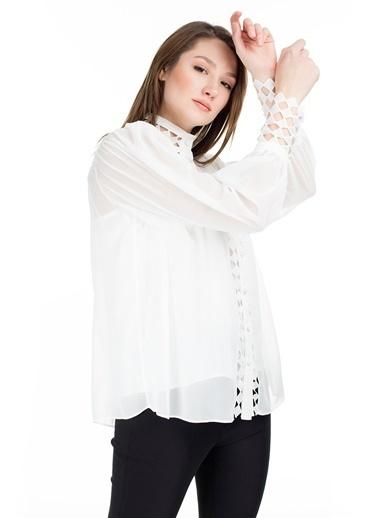 Ayhan Gömlek Beyaz